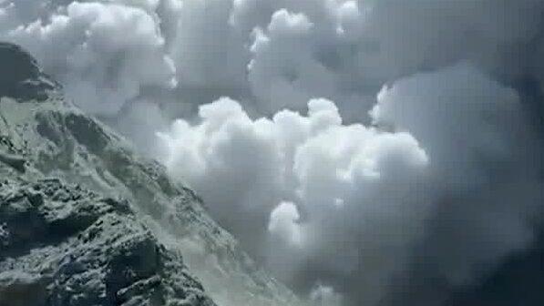 Vulkanutbrott i Nya Zeeland – flera döda och skadade