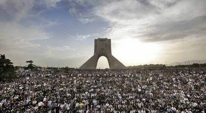 Protesterna mot regimen i Iran förväntas eskalera på torsdagen. Nu hotar de iranska myndigheterna demonstranterna med - avrättning. Foto: Ben Curtis