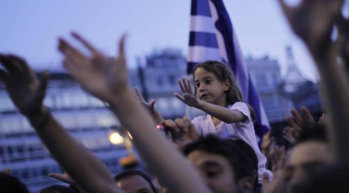FESTEN ÄR ÖVER. Grekland är ett av länderna i Europa som plågas hårt av den ekonomiska situationen. Foto: Kostas Tsironis