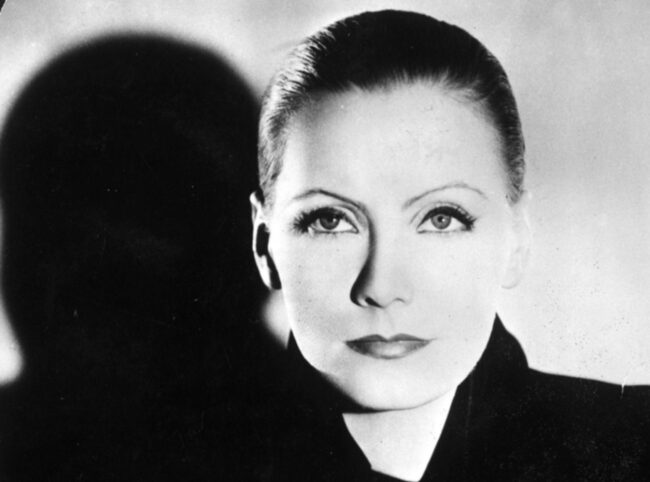 <span>Greta Garbo var känd för sin kameraskygghet.</span>