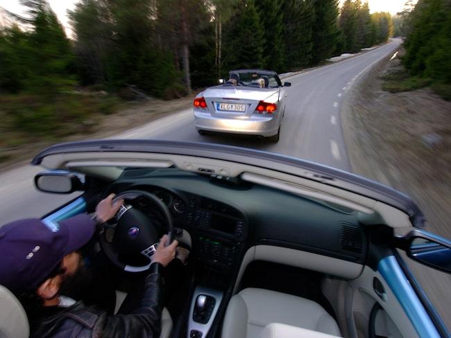 Saab 9-3, strax bakom Volvo C70. Men slutade den svenska cab-duellen så?