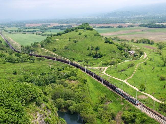 Den nya transibiriska järnvägen väntas bli 1 352 mil lång.
