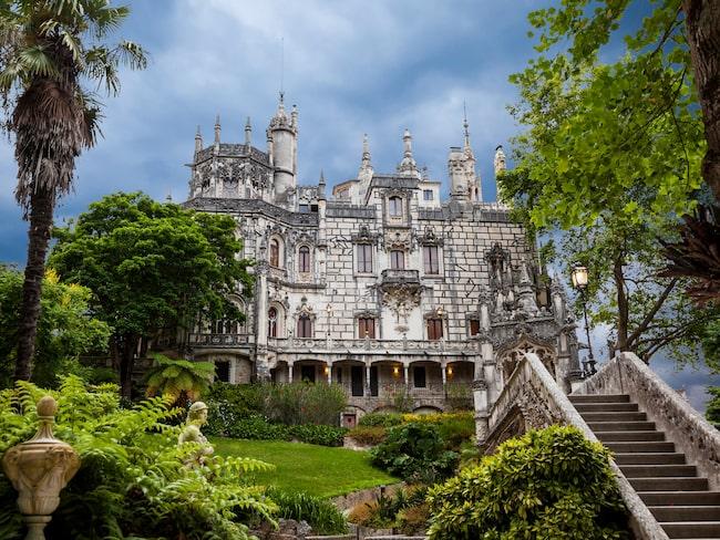 Quinta da Regaleira i Portugal är byggt på 1800-talet och har kopplingar till Tartokort.