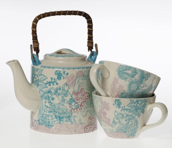 Tekanna Dragon teapot, 249 kronor, kopp Dragon cup, 69 kronor, Indiska.