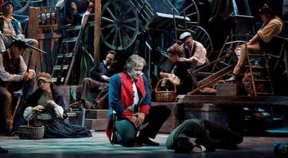 """Det ny teater i Köpenhamn har lyckats igen. """"Les misérables"""" är en scenografisk fullträff."""
