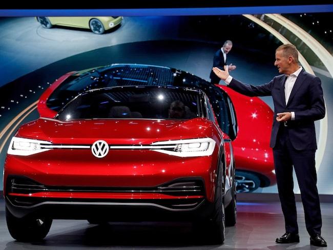 Volkswagen ska satsa miljardbelopp på nya elbilar och visade flera nya konceptbilar på bilsalongen i Frankfurt.
