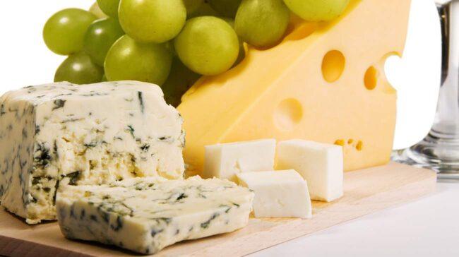 vad innehåller ost