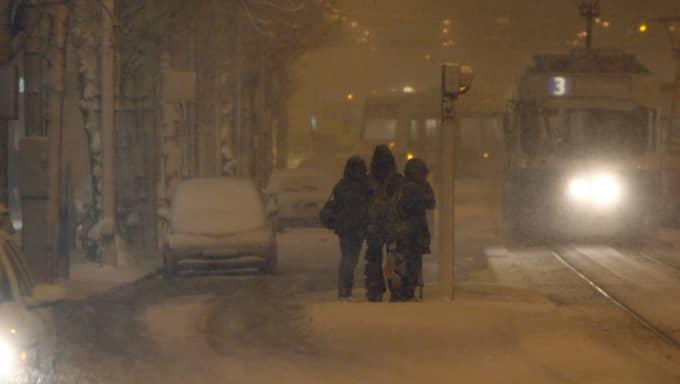 """""""Under dagens lopp faller det 10-15 millimeter nederbörd. Där den faller som snö handlar det om 10-15 centimeter"""", säger meteorolog Solbjörg Apeland. Foto: Jan Wiriden"""