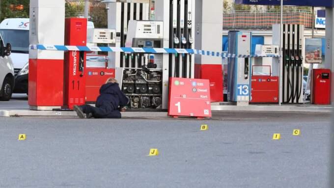 Polisen fick under natten till fredagen förra veckan ett larm om skottlossning i Bromma, offret avled senare på sjukhus. Foto: Marco Blomberg/Workoutpix.com