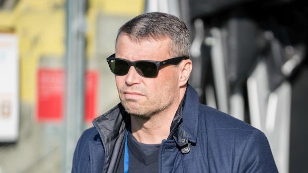 Östersunds FK:s ordförande Daniel Kindberg tar en timeout