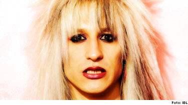 Sångaren, låtskrivaren och gitarristen i svenska stjärnrockbandet Crashdiet, Dave Lepard, hittades död i sin bostad i Uppsala.