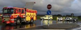 En person skadad  efter trebilkrock