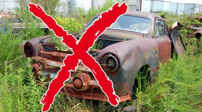 KAN BLI OLAGLIG. Får naturvårdsverket igenom sina förslag i miljödepartementet kan demonterade bilar hemma på gården bli olagliga, menar Motorhistoriska Riksförbundet.