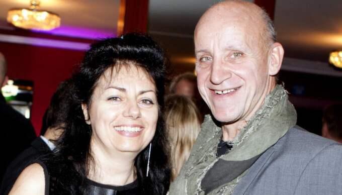 """FöRFATTARNA. Claes Schmidt och Vesna Maldaner som tillsammans skrivit boken """"Från man till människa"""". Foto: Sanna Dolck Foto: Sanna Dolck"""