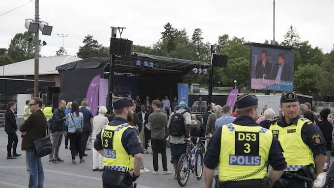 Många poliser på politikerveckan, få civila åhörare. Foto: SVEN LINDWALL