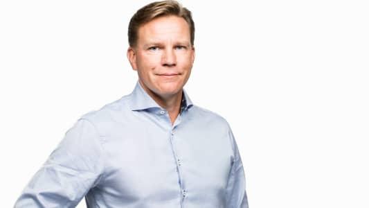 Privatekonomen Jens Magnusson ser ett trendbrott när det kommer till de svenska hushållens förväntningar på bopriserna. Foto: Pressbild