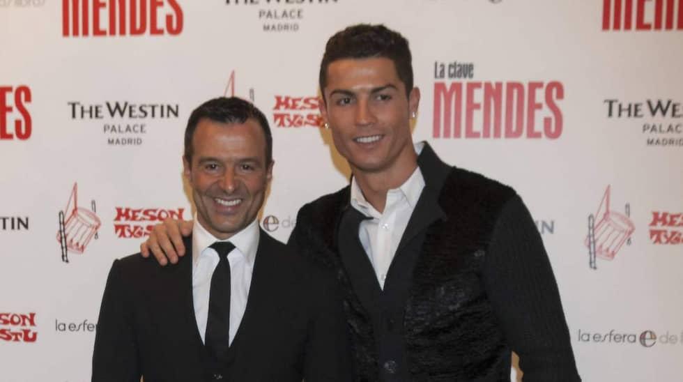 Jorge Mendes tillsammans med Cristiano Ronaldo vid presentationen av Mendes bok. Foto: Imago Sportfotodienst