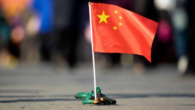 Arkivbild. En leksakssoldat med en kinesisk flagga. Foto: / Epa / EPA