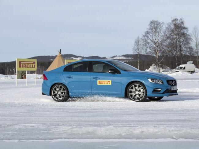 Pirellis testcenter utanför Älvsbyn.