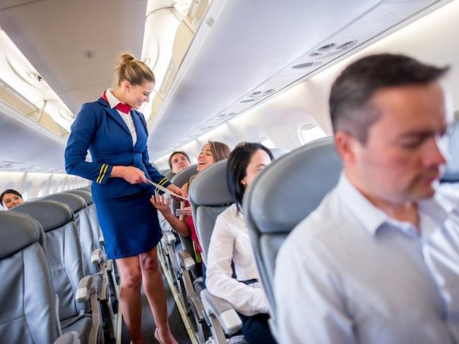 Flygvärdinna är drömjobbet för många.
