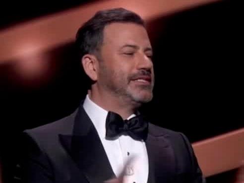 """Annorlunda Emmy-gala i år: """"Vi behöver ha lite roligt"""""""