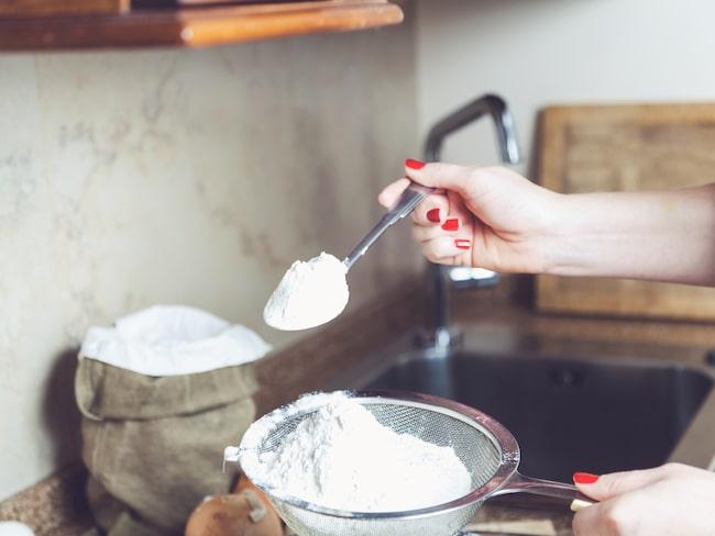 Brukar du hälla ner resterna efter bakningen i vasken? Sluta genast!
