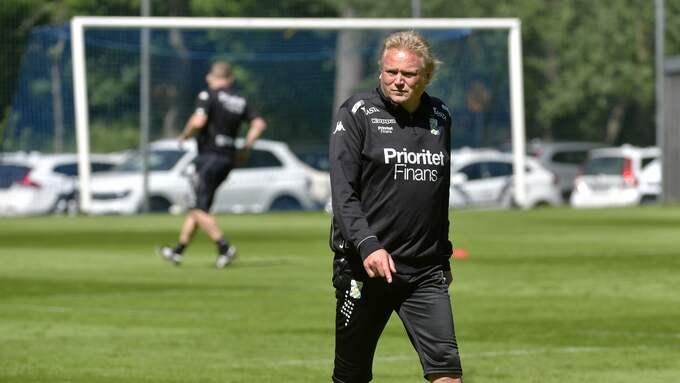 Blåvitts tränare Jörgen Lennartsson. Foto: Tommy Holl / IBL