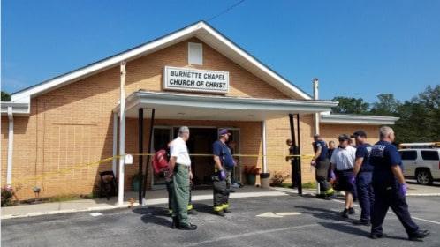 En död och sju skadade efter kyrkskjutning utanför Nashville