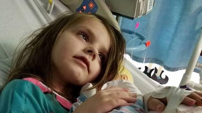 Läkarna tror att flickan kommer dö under de kommande dagarna. Foto: Facebook