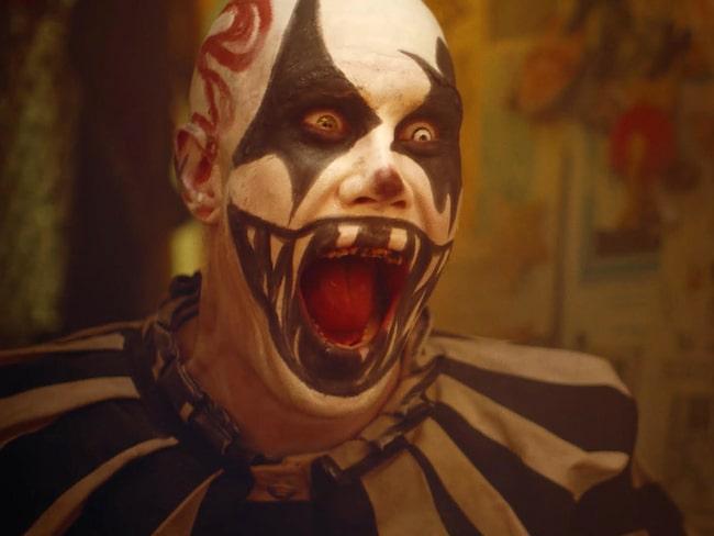 Anledningen är att filmen anses vara för skrämmande för att visas som reklam.