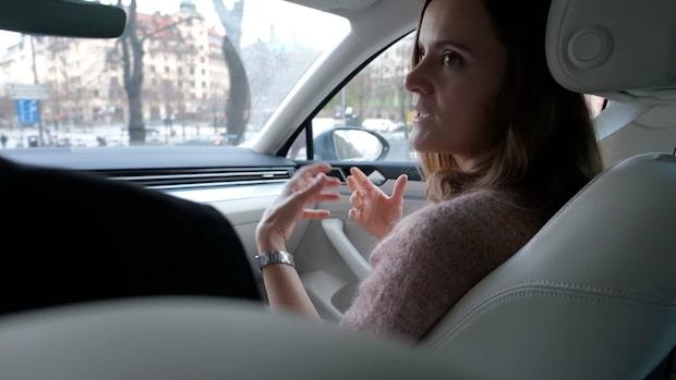 Så distraheras vi av displayskärmarna i bilen