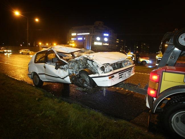 Mörker innebär svårare bilkörning och därmed också trafikolyckor.