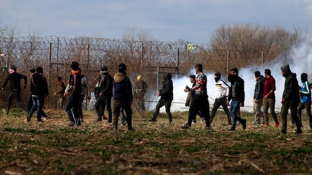 Ska man se elak eller snäll ut när man stänger flyktingarna ute?