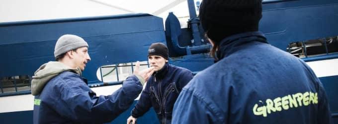 OROAD. Jan Isakson, ansvarig för havsmiljöfrågor på Greenpeace är oroad över att länsstyrelsen inte tar sitt ansvar och ser till att Bratten i Skagerrak blir skyddat ordentligt. Foto: Karl Henrik Edlund