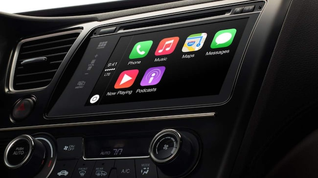 Apple Carplay heter systemet som gör det enklare att använda iPhone i bilen. <br>Apple Carplay finns till exempel i nya Volvo XC90.