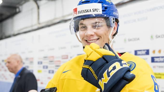 Andre Burakovsky har all anledning att vara glad. Foto: LUDVIG THUNMAN / BILDBYRÅN