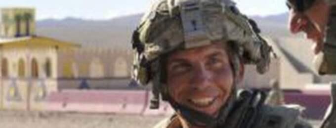 Tvåbarnspappan Robert Bales anklagas för att ha lämnat en militärbas i Afghanistan och sedan gått från hus till hus och skjutit ihjäl 17 afghaner.