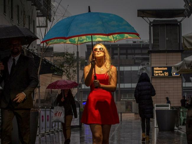 Ett nytt paraply ska hjälpa britter att överkomma semesterångesten.