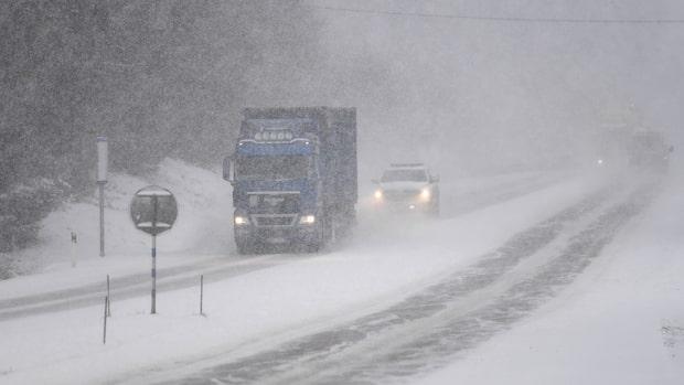 Beskedet: Snön kan till och med ligga kvar
