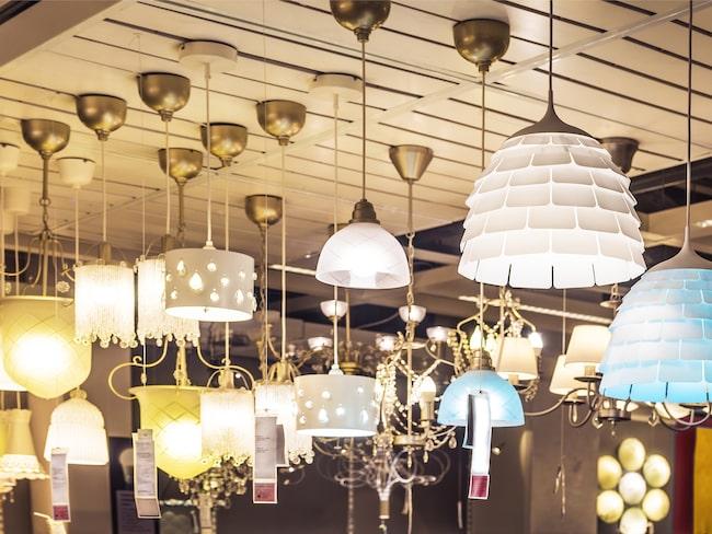 På samma sätt ska du som köpt en ny lägenhet eller byter ut ett trasigt lamputtag hemma tänka på att det är det nya DCL-uttaget som gäller.