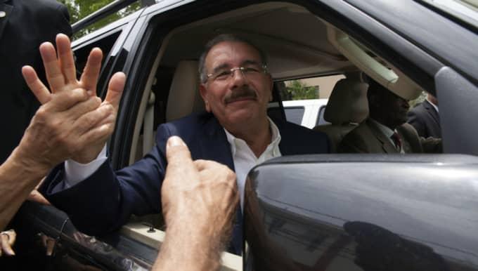 Danilo Medina är på väg mot valseger. Foto: Tatiana Fernandez / AP TT NYHETSBYRÅN