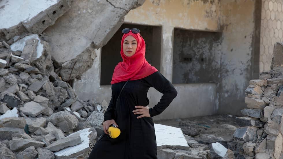 I RUINERNA. Expressens Magda Gad på plats i Aden, Jemen. Foto: NICLAS HAMMARSTRÖM