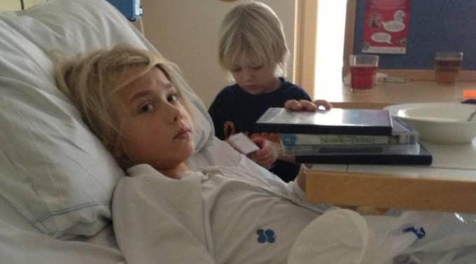 9-årige William fick vänta i över 20 timmar på en blindtarmsoperation. När det väl blev dags hade tarmen brustit. Foto: Felicia Strömgren
