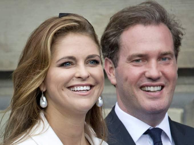 Prinsessan Madeleine och Chris O'Neill funderar på en flytt till Europa. Foto: Stella Pictures