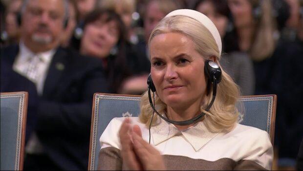 Känslosamma talet under Fredsprisutdelningen – Mette-Marit i tårar