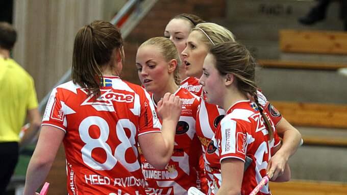Pixbo vann grundserien i imponerande stil, men Iksu-tränaren Andreas Harnesk sätter en tråkstämpel på lagets spel. Foto: Per Wiklund
