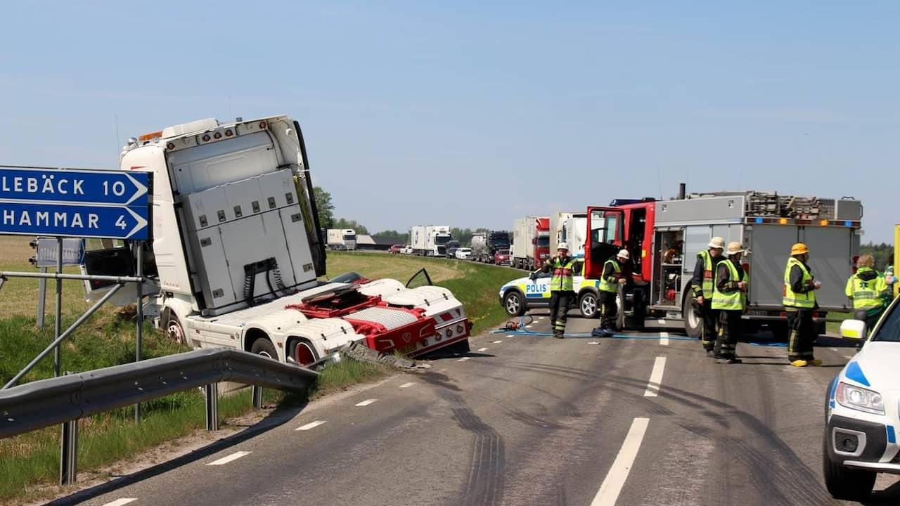 Seger kraschade med lastbil