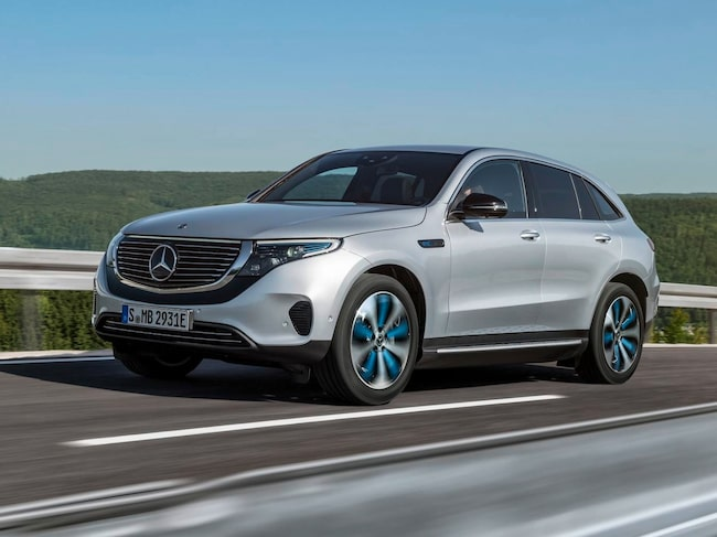 Mercedes elbil EQC börjar säljas nu.