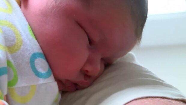 Läkarna hade sagt att bebisen skulle vara stor, men inte så stor!