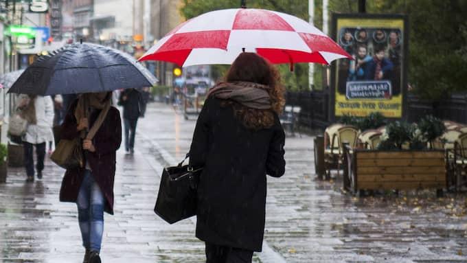 Friska vindar, regnskurar och kylig luft, närmsta dagarna och helgen blir ingen höjdare vädermässigt. Foto: Jonas Tobin